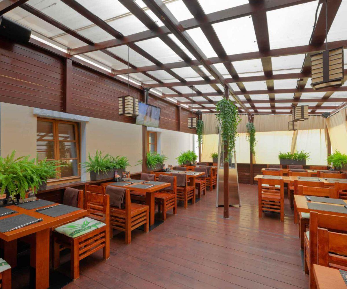 the-interior-japanese-restaurants-AV9XPLB.jpg